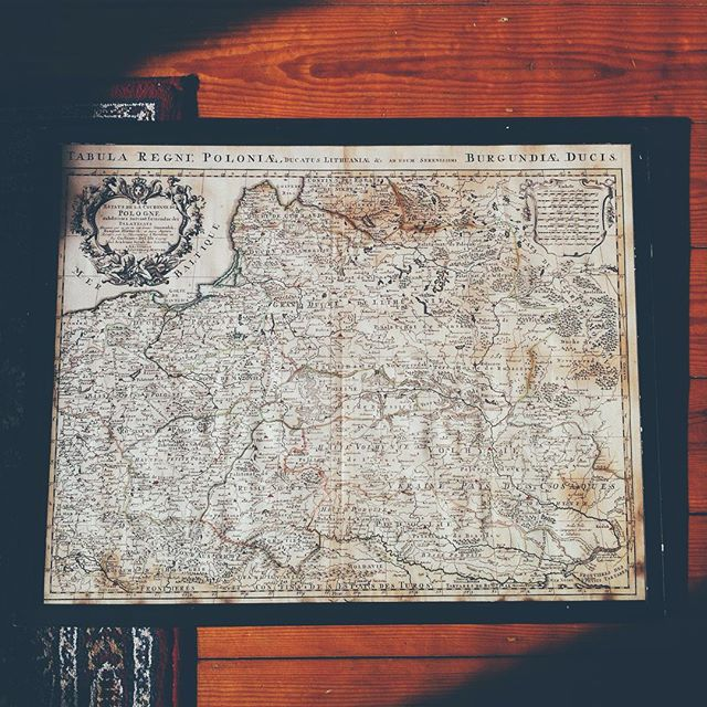Great-great grandparents' mother lands on my living-room floor.#theamethysthouse #vsco #poland #lithuania